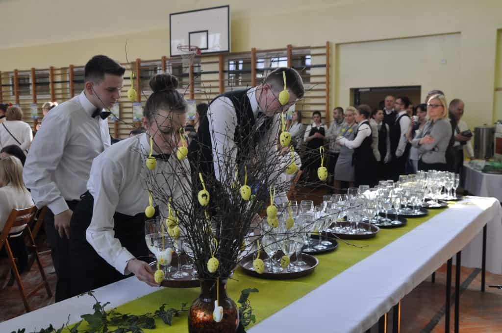 VIII mistrzostwa kelnerow akademia kelnerska 1