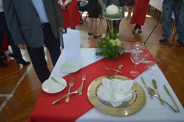 Improstyl prezentacja stolika na mistrzostwach kelnerow 3