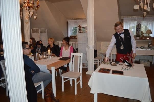 restauracja szkolenie kelnerskie poznan